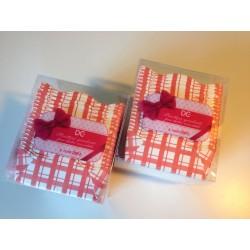 Scatoline quadrate quadretti bianche e rosse